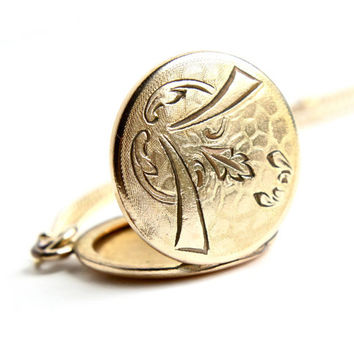 Antique Vintage Locket Necklace - Gold Filled Locket Pendant on Gold Tone Chain - 1930s 1940s Jewelry / Filigree Wing Embossments
