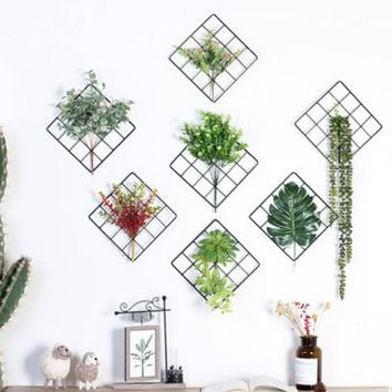 Wall grid plant decoration