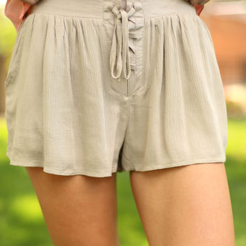 weekend chill shorts  - taupe