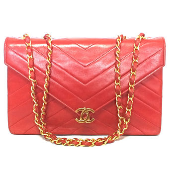 80's vintage CHANEL lipstick red V stitch, chevron stitch lambskin classic 2.55 shoulder bag with golden CC and chain strap.