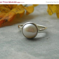 Pearl Ring, Silver pearl ring, sterling silver ring, birthstone ring, Handmade ring - Size 6.5 Other sizes also available