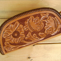 70s tooled leather WRISTLET bag vintage brown clutch handbag FLORAL pattern hippie boho purse wallet handcrafted 1970s medium coin purse