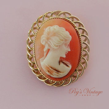 Vintage Cameo Brooch or Cameo Pendant, Lucite Cameo, Victorian Style Brooch, Gold Filigree, Estate Jewelry