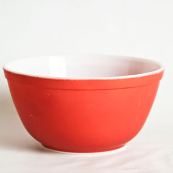 Vintage Pyrex Primary Red Mixing Bowl, 402 Medium Size Bowl, Pyrex Nesting Bowl, 1 1/2 Quart