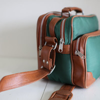 Vintage Hunter Green Camera Bag by heyhoney on Etsy