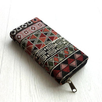 Zippered Wallet for women, Native American Southwestern style, Tribal Tapestry Iphone wallet, Boho travel wallet, YKK Metal zip, Gift Ideas