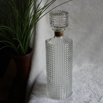 Diamond Point Decanter 1 Quart, Four Roses Mid Century 1959 Vintage Crystal Cut Scotch Liquor Wine Round Glass Bottle