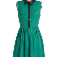 Emerald and the Beautiful Dress | Mod Retro Vintage Dresses | ModCloth.com