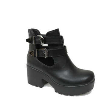 Black Platform Buckled Boots