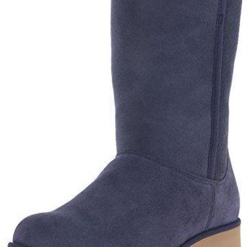 UGG Women's Amie Winter Boot UGG boots
