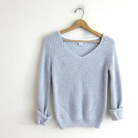 vintage light blue sweater. cropped loose knit sweater. vneck sweater.