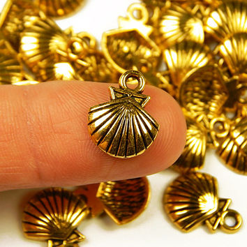 10 Pcs - 14x11.5mm Tiny Gold Tone Seashell Charms - Tiny Charms - Jewelry Supplies