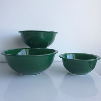 Vintage Pyrex Forest Green Clear Bottom Pyrex Mixing Bowls Set of 3 322 323 and 325 1L 1.5L 2.5L