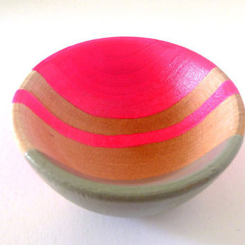 Neon pink and graywood dish, jewelry dish, ring cup, mini jewelry holder
