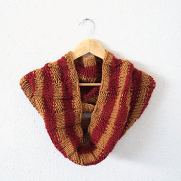 harry potter cowl -- hand knit bold striped gryffindor loop scarf