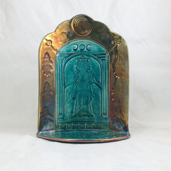 Hecate (Hekate) Goddess  Shrine - Handmade Ceramic Raku Pottery