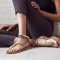 kim & zozi Womens Cosworth Wrap Sandal