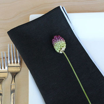 "Black and White Linen Napkins, Black Dinner Napkins, Black Cloth Napkins , Custom Linen Napkins, Black and White Wedding, Set of 4, 20"" sq."