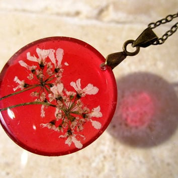 Carrot or Cirantro Flower Necklace, Pressed Flower pendant, plant jewelry, flower jewellery