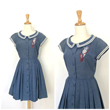 1950s Dress / 50s novelty dress / nautical / Best & Co / shirt dress / full skirt / blue day dress / cotton dress / Medium