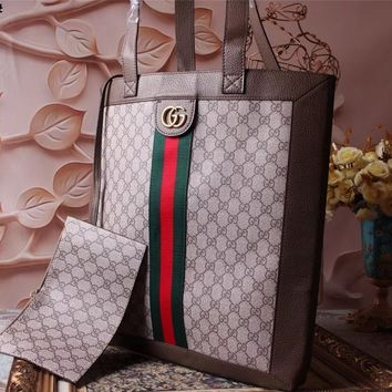 GUCCI GG SUPREME CANVAS SUPER BIG BAG SHOULDER BAG c466cfb6190f5