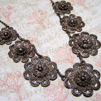 Sterling Silver Lace Filigree Floral Necklace, Spun Silver Flower Necklace, Spun Silver Wire, Open Work Design, Vintage Necklace 616