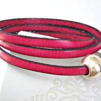 Pink triple wrapped leather bracelet with sphere magnetic clasp