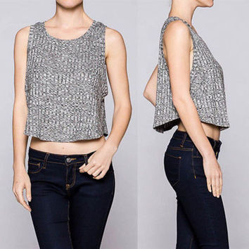 Sexy Round Neck Sleeveless Cropped Knit Light Sweater Tank Top Shirt