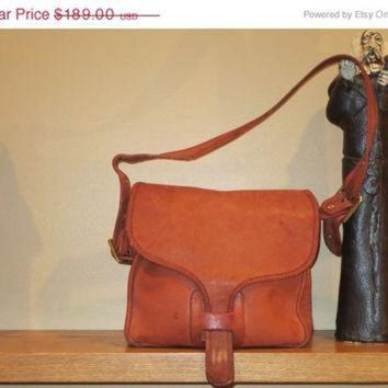ONETOW ON SALE Rare Distressed New York City Coach Russet Leatherware Courier Bag Pouch Purse