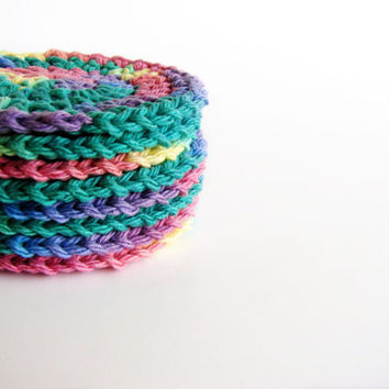 Face Scrubbies Rainbow Bright Set of 8