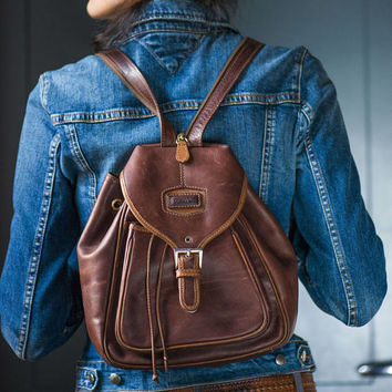 Vintage backpack brown leather rucksack. Italy made backpack genuine leather Deauville. Backpack with lining hipster bag sturdy leather