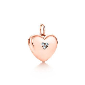 Tiffany & Co. - Heart locket in 18k rose gold with diamonds, small.