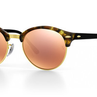 Look who's looking at this new Ray-Ban clubround sunglasses