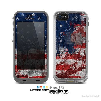 The Grungy American Flag Skin for the Apple iPhone 5c LifeProof Case