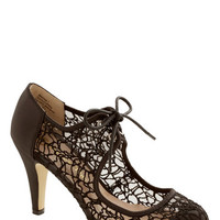 ModCloth Vintage Inspired To Thee I Web Heel in Black