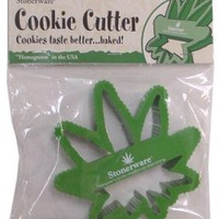 Stonerware Brand Pot Leaf Cookie Cutter :: Makes Pot leaf Cookies