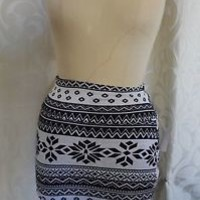 NEW White and Black NORDIC PATTERN skirt CHARLOTTE RUSSE short skirt BODYCON