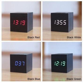 LED Alarm Digital Desk Clock Wooden Thermometer Display Voice Sound Activated Wake Up Light USBUSB AAA