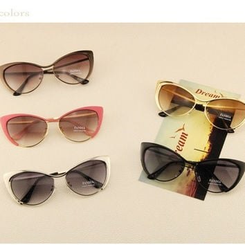 New 2015 Metal Super Cute Cat eye Women Sunglasses Designer High Quality Vintage Retro Glasses Fashion Girls Gafas De Sol = 1929553540
