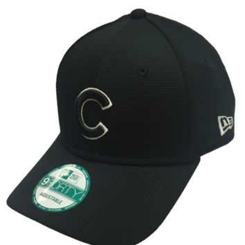 Chicago Cubs Black Performance Adjustable 9FORTY Cap By New Era