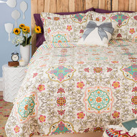 ModCloth Boho Carriage House Quilt Set in Full, Queen