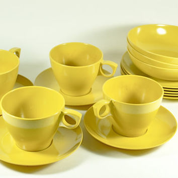 Yellow Melamine Dish Set by LilytheDogVintage on Etsy