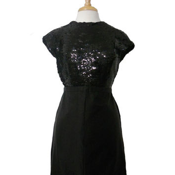 Vintage 1950s Wiggle Dress Black Sequin Top and Satin Pencil Shaped Skirt - Perfect Little Black Dress with Cap Sleeves - XS/S