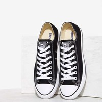 CONVERSEChuck Taylor All Star Classic Sneaker - Black