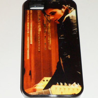 Gerard MY CHEMICAL ROMANCE Iphone 4 4s 5 5s Heavy Duty Black or White Rubber Cellphone Case
