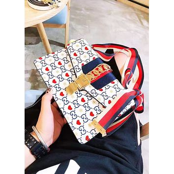GUCCI fashion hit with a casual shopping bag with a printed striped shoulder bag for women