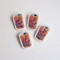 La Croix brooch hand embroidered Pamplemousse design with cotton threads on muslin and felt An Astrid Endeavor