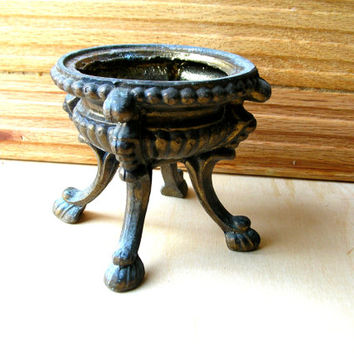 Vintage Hardware - Lamp Base - Lamp Hardware - Lamp Parts - Architectural Salvage