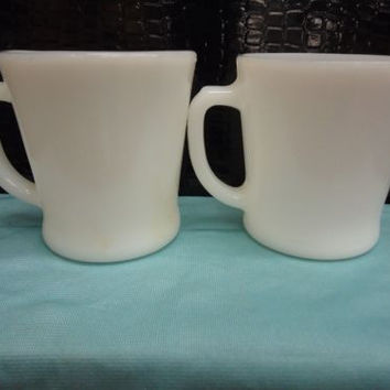 2 Fire King White/FLATBOTTOM D'HANDLED MUGS*OWFK* Fireking Anchor Hocking