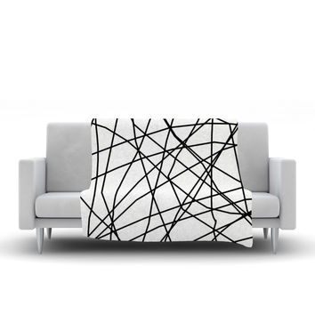 "Trebam ""Paucina v3"" Black White Fleece Throw Blanket"